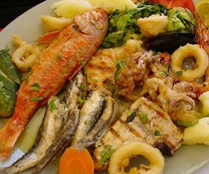 sebze, balık, and kalamar image