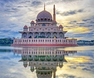 mosque, Malaysia, and travel image