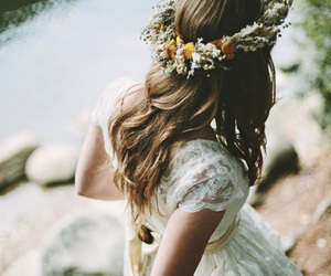 flower crown, nature, and girl image