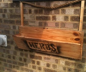 pallet ideas, pallet projects, and pallet furniture image