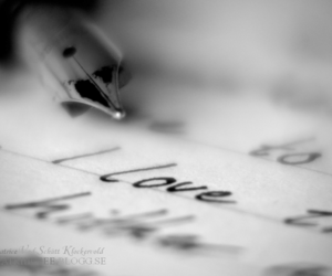 pen and love image