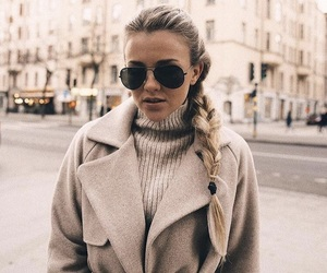 blonde, fashion, and molly rustas image