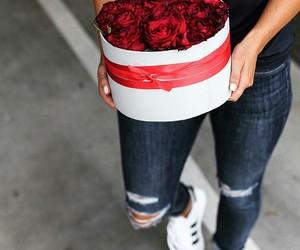 fashion, flowers, and minimal image