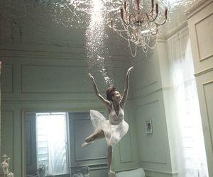 room, creatividad, and agua image