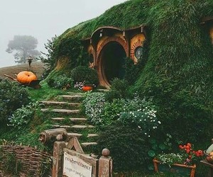 hobbit, travel, and hobbiton image