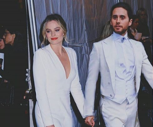 jared leto, margot robbie, and jargot image