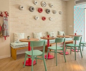 cafeteria and confeitaria image