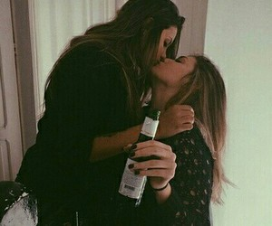 drunk, lesbian, and loveislove image