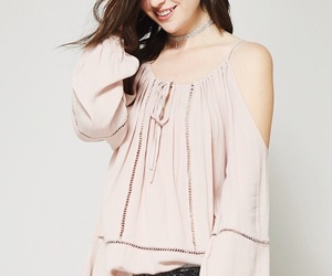 blush, boutique, and ootd image