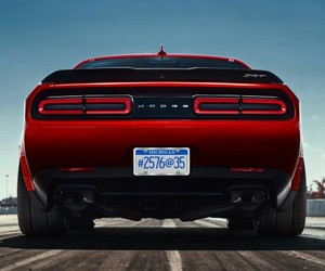 demon, fast, and Challenger image