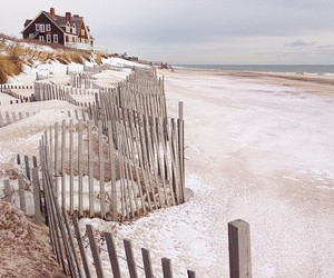 beach and house image
