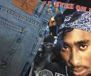 theme and tupac image