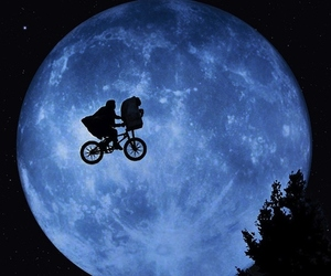 et, moon, and movie image