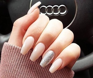 nails and audi image