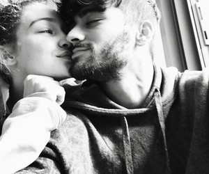 gigi hadid, couple, and zayn malik image
