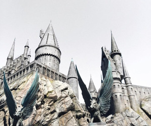 castle, architecture, and harry potter image