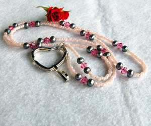 pearl jewelry, chunkynecklace, and pink lanyard image