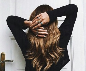 hair, girl, and rings image