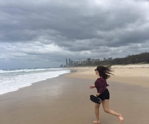 cloudy, running, and surfers paradise image