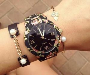 reloj and 😍 image