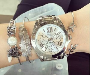 reloj and 😍 image