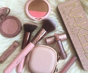 rose gold and 💟 image