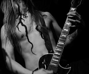 guitar, finntroll, and skrymer image