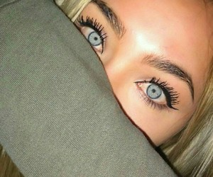 eyes and girl image