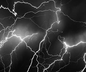 lightning, black, and black and white image
