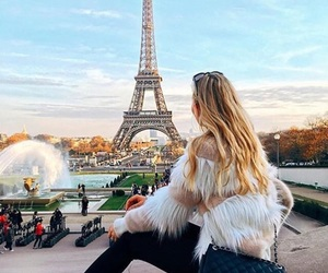 girl, тумблер, and paris image