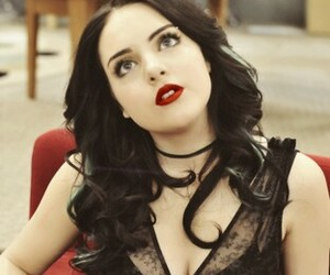 Beautiful Girls, elizabeth gillies, and victorius image
