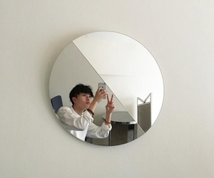 aesthetic, mirror, and minimal image