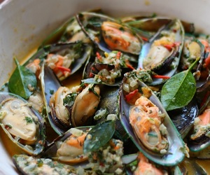 cooking, food, and mussels image