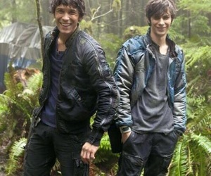 the 100, bellamy blake, and jasper image
