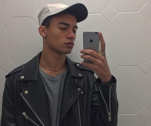 boy, reece king, and daddy image