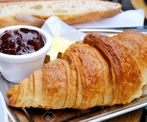 berries, boulangerie, and breakfast image