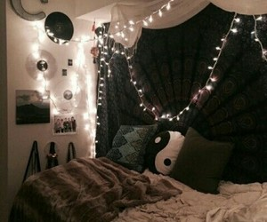 lights, bedroom, and tumblr image