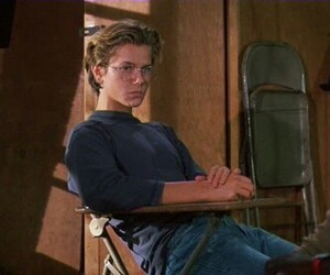 river phoenix, 80s, and gif image