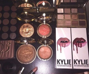 makeup, kylie, and lipstick image