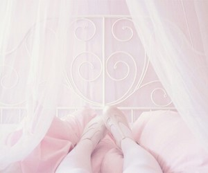 pink, pastel, and bed image