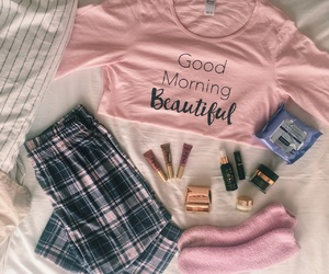 bed, pink, and bronzer image
