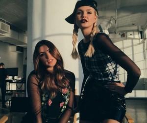 New York Fashion Week, nyfw, and youtube image