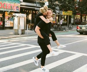 love, blonde, and couple image