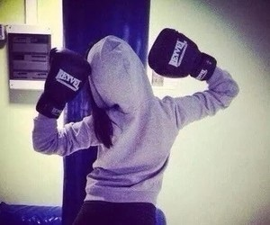 girl and boxing image
