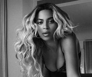 beauty, black and white, and queen b image