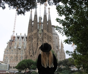 Barcelona, city, and fashion image