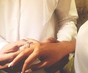 arab, hands, and couple image