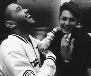the weeknd and anwar hadid image