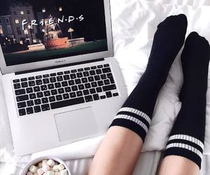 friends, tumblr, and hot ​chocolate image