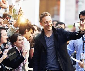 smile, tom hiddleston, and sexy england image